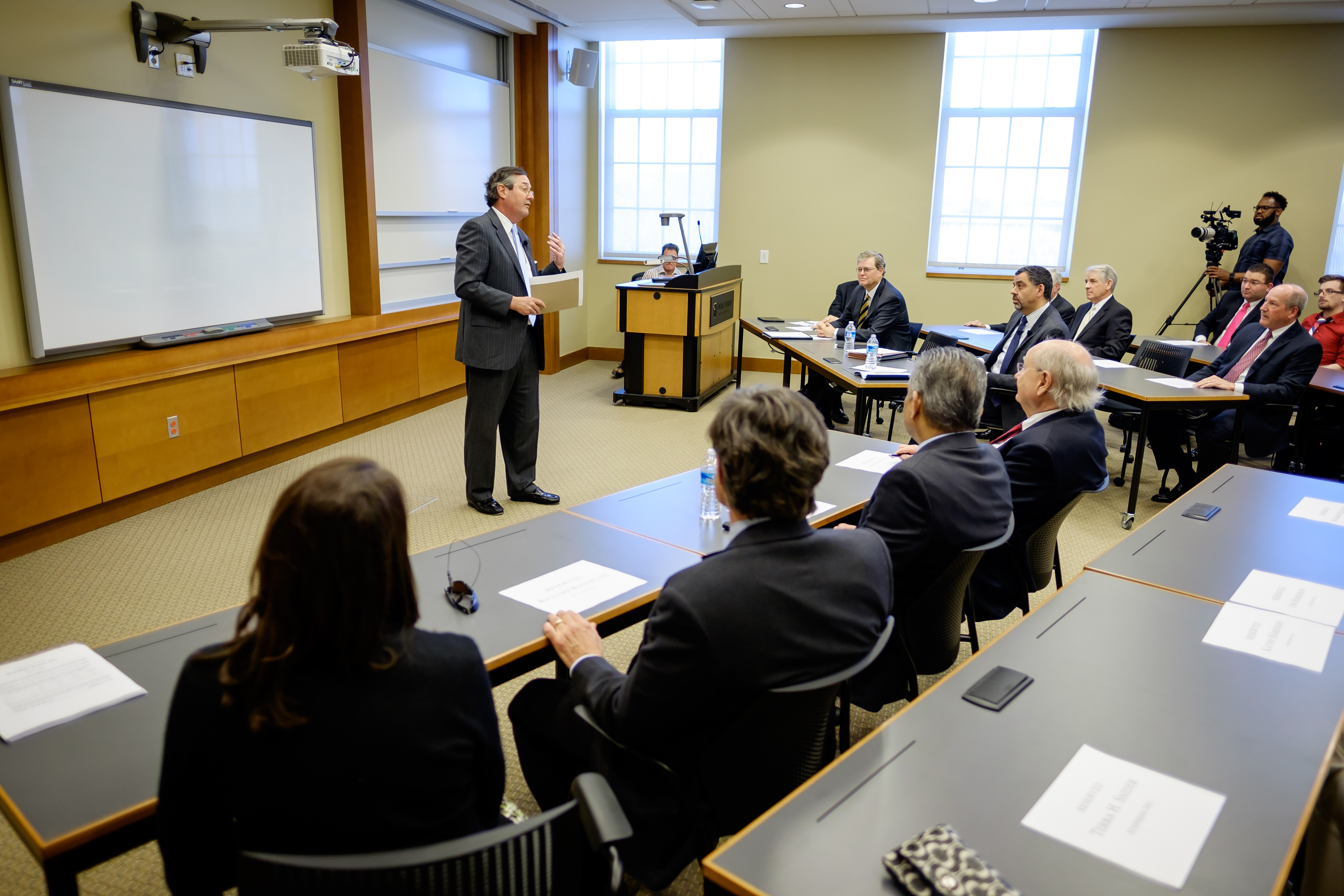 Wake Forest University School of Business alumnus Warren Stephens (MBA '81) gives a talk about his business in Farrell Hall on Wednesday, March 23, 2016.